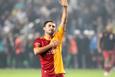 Sabri Sarıoğlu Kadıköy'de üçlü çektirdi