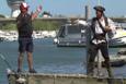 Korsan kılığına girerek insanları trollemek