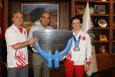 Şampiyon yüzücüden Kerimoğlu'na ziyaret