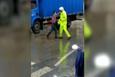 Trafik polisine kızınca Kung Fu yapan adam