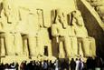 Mısır'da Ramses'e güneş vurdu milyonlar akın etti
