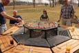 Böyle bir masa daha önce hiç görmediniz!