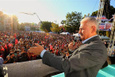 Başbakan Yıldırım, töreni terk eden Kocaoğlu'na kürsüden cevap verdi