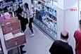 Genç kıza markette herkesin gözü önünde böyle saldırdı!