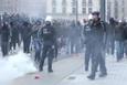 Belçika'da polisten aşırı sağcı ve karşıtı gösteriye müdahale
