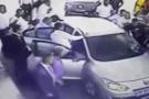 Mersin'de MHP'li grup AK Partililere saldırdı!