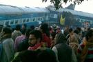 Hindistan'da tren kazası! Onlarca ölü var