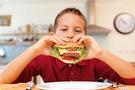 Zayıf çocuklar geleceğin obezleri mi?