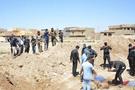 Irak'ta toplu mezar IŞİD katliamı görüntülendi