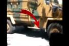 Diyarbakır fena karıştı askerlere taşlı sopalı saldırı