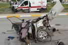 Ambulansla otomobil çarpıştı: 3 ölü 8 yaralı!