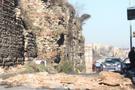 İstanbul'da son dakika tarihi surlar çöktü