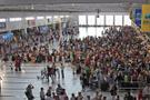 Antalya Havalimanı'nda polisi alarma geçiren olay!