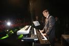 Başkan Türel piyano çaldı Serdar Ortaç söyledi