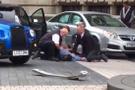 Londra'da bir araç kalabalığın arasına daldı! Çok sayıda yaralı var