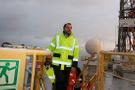 Bakan Albayrak Türkiye'nin ilk sondaj gemisini ziyaret etti