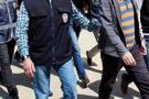 FETÖ'den aranan avukatı takibe alan polis bakın neye ulaştı!