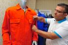 FETÖ'cülerin giymesi için 50 bin adet hibe edecek