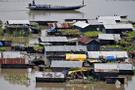 Hindistan'da muson mevsimi can aldı: 76 ölü