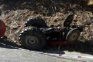 Gümüşhane'de traktör devrildi: 2 ölü, 1 yaralı!