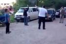 Cami çıkışında silaha sarılmışlardı: Gözaltına alındılar!