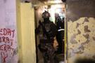 İstanbul'da büyük operasyon kapıyı açın diyen polise şok cevap