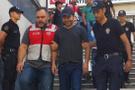 Şarkıcı Atilla Taş cezaevine gönderildi
