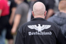 Almanya'da neonazi şoku! Yüzlercesi kayıplara karıştıl