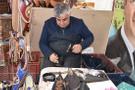 Tarihi filmler için 'Osmanlı' çarıkları yapıyor