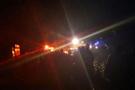 Minibüs uçuruma yuvarlandı: Ölüler ve yaralılar var