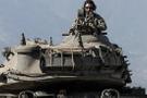 Afrin gazisi: Türk askerini görünce mutluluktan uçuyorlar
