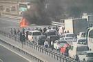 TEM'de araç yangını! İki şerit trafiğe kapatıldı