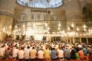 Cuma hutbesi 13 Nisan konusu ne? Miraç kandili kulun Allah'a yakın olması