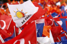 Muhalefetin hamlesinden sonra AK Parti de toplandı