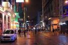 Kapatılan Taksim Meydanı yayalara açıldı