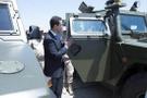 Esad Fransız askerlerini alıkoydu