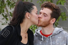 Adriana Lima'dan yatakta aşk pozu!