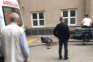 Acil servis önünde dehşet! Eşinin yanında başından vurdu