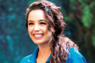 Azra Akın rol aldığı tiyatro oyununu aniden bırakmıştı sebebi şimdi anlaşıldı