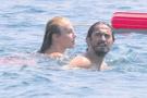 Hamile sevgilisini terk etmişti! Tuncay yeni aşkıyla tatilde