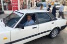 30 yıl önce sattığına pişman olduğu otomobiline kavuştu