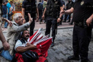 Gezi'nin bayrakçısı Ali Sarıçiçek'e müjdeli haber!