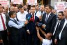 3 milyon dolar bozdurdu Türk lirasını öpüp kalbine koydu
