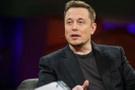 Elon Musk'ın uzaya göndereceği ilk turistin kimliği açıklandı