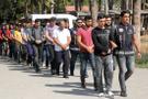 Adana'da muvazzaf askerlere FETÖ operasyonu! 13 gözaltı...