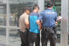 Elazığ'da bir kişiyi gasp eden 2 şüpheli yakalandı!