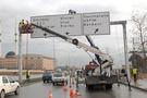 Başkent'te yön levhaları yenileniyor