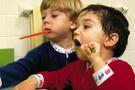 Çocuklara diş fırçalama yöntemi