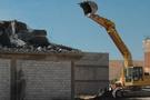 Şahinbey'de kaçak binalar yıkılıyor