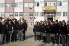 Lisede haremlik-selamlık krizi!